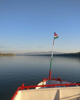 Vac, Hungary, morning / reggel #hajoznijo #napiduna #boatslife