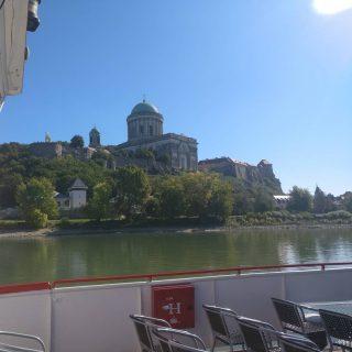 Esztergom, Hungary, sunshine / napsutes #napiduna #hajoznijo #boatlife #boatsofbudapest #msfanny
